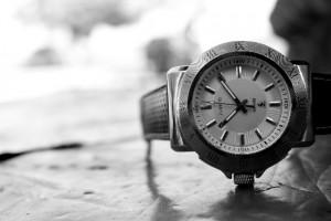 白黒の腕時計